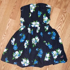 Brand New Hollister Floral Strapless Mini Dress